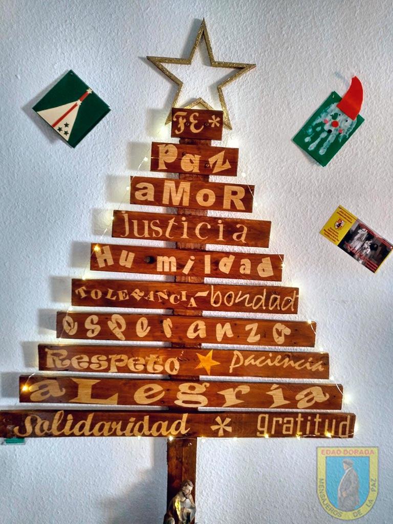 Árbol de Navidad Edad Dorada Andalucía