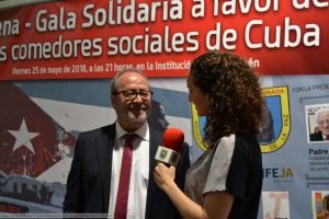 VIII Cena-gala solidaria Edad Dorada Mensajeros de la Paz en Jaén: entrevistas